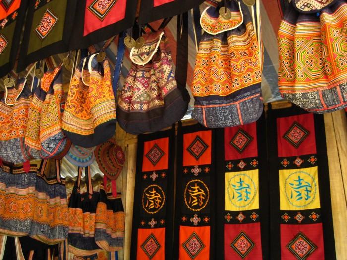 Mua gì làm quà khi du lịch Sapa: địa điểm mua không bị chặt chém