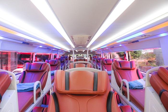 xe limousine Hà Nội Đà Nẵng